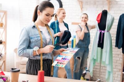 کارآموزی طراحی لباس