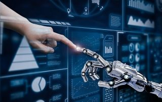 یک مهندس یادگیری ماشین وظیفه ساخت مدلهایی برای حل مشکلات واقعی را دارد.
